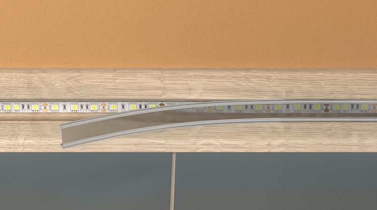 Монтаж светодиодного плинтуса